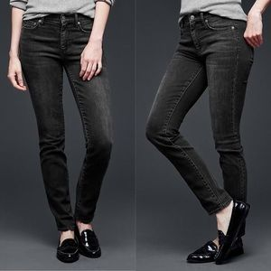 GAP | 1969 Resolution Slim Straight | 25S